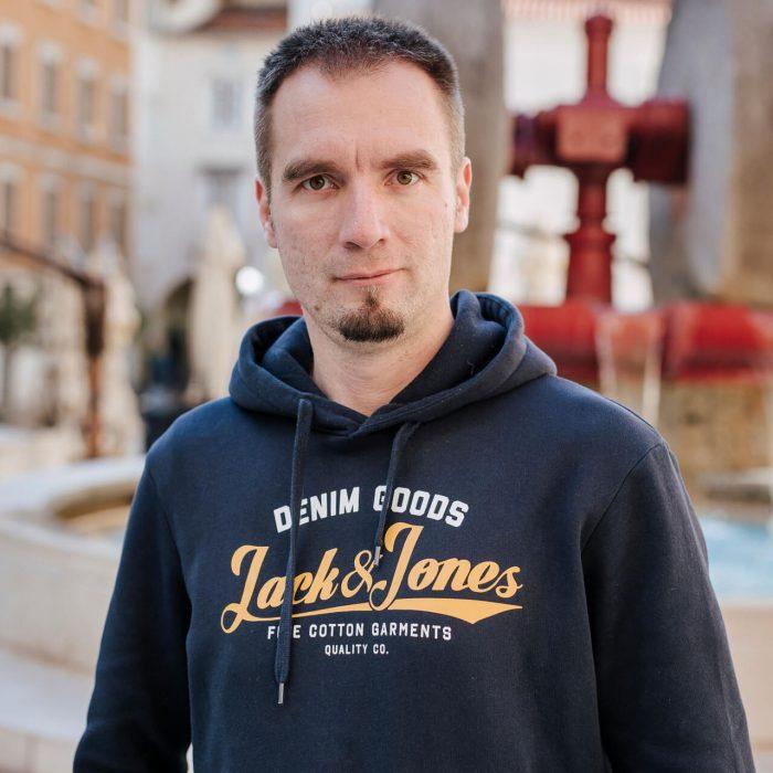 Danijel Knežević
